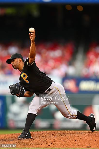 Reliever Antonio Bastardo of the Pittsburgh Pirates pitches against the St Louis Cardinals in the sixth inning at Busch Stadium on October 2 2016 in...