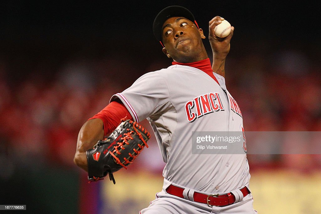 Reliever <a gi-track='captionPersonalityLinkClicked' href=/galleries/search?phrase=Aroldis+Chapman&family=editorial&specificpeople=5753195 ng-click='$event.stopPropagation()'>Aroldis Chapman</a> #54 of the Cincinnati Reds pitches against the St. Louis Cardinals at Busch Stadium on April 29, 2013 in St. Louis, Missouri. The Reds beat the Cardinals 2-1.