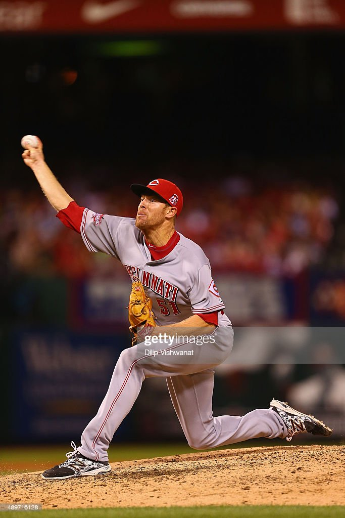 Reliever <a gi-track='captionPersonalityLinkClicked' href=/galleries/search?phrase=Collin+Balester&family=editorial&specificpeople=4424735 ng-click='$event.stopPropagation()'>Collin Balester</a> #51 of the Cincinnati Reds pitches against the St. Louis Cardinals in the sixth inning at Busch Stadium on September 23, 2015 in St. Louis, Missouri.
