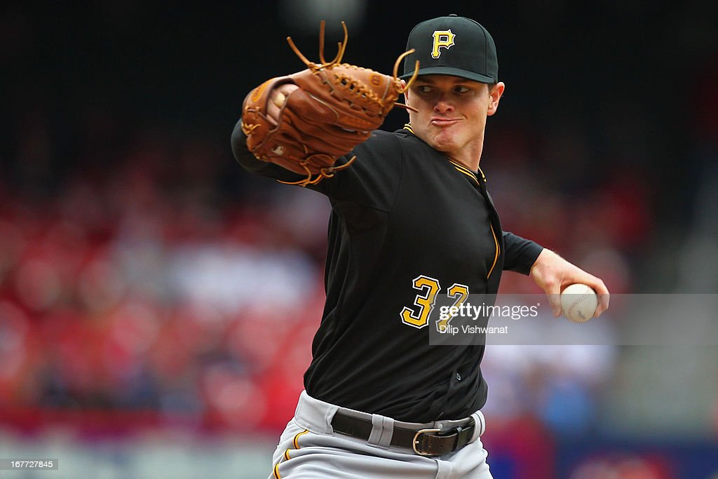 Reliever Justin Wilson #37 of the Pittsburgh Pirates pitches against the St. Louis Cardinals at Busch Stadium on April 28, 2013 in St. Louis, Missouri. The Pirates beat the Cardinals 9-0.