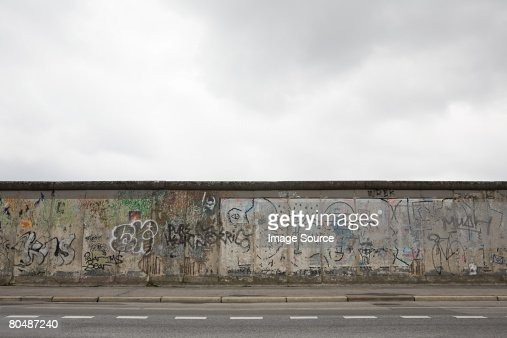 Remaining stretch of the berlin wall : Foto de stock