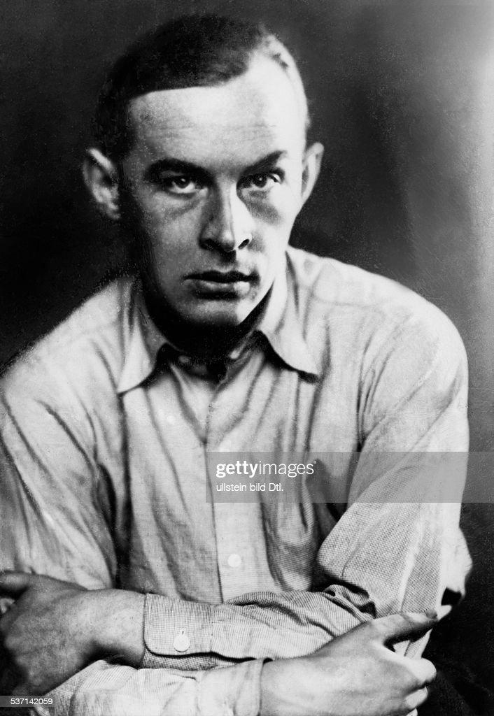 Remarque, Erich Maria (*22.06.1898-+) , (Eigentlich Erich Paul Remark), Schriftsteller, D, - Portrait, - 1928