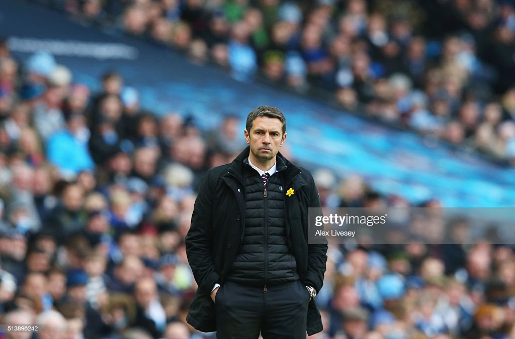 Remi Garde Manager of Aston Villa looks on during the Barclays Premier League match between Manchester City and Aston Villa at Etihad Stadium on...