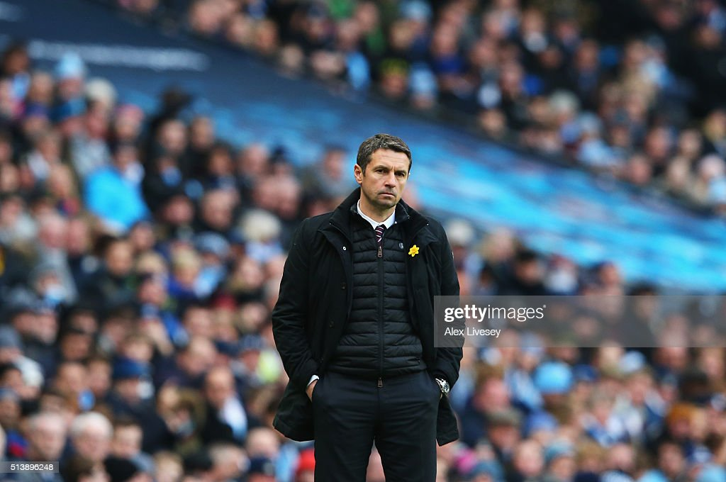 Remi Garde Manager of Aston Villa looks on during the Barclays Premier League match between Manchester City and Aston Villa at Etihad Stadium on March 5, 2016 in Manchester, England.