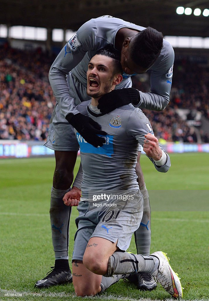 Remy Cabella of Newcastle United celebrates scoring the opening goal during the Barclays Premier League match between Hull City and Newcastle United at KC Stadium on January 31, 2015 in Hull, England.