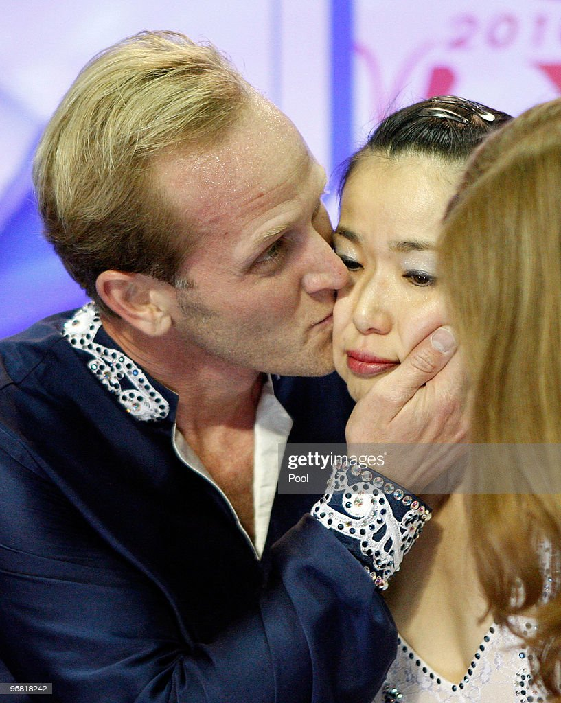 <a gi-track='captionPersonalityLinkClicked' href=/galleries/search?phrase=Rena+Inoue&family=editorial&specificpeople=240550 ng-click='$event.stopPropagation()'>Rena Inoue</a> and <a gi-track='captionPersonalityLinkClicked' href=/galleries/search?phrase=John+Baldwin&family=editorial&specificpeople=225008 ng-click='$event.stopPropagation()'>John Baldwin</a> (L) react as they see their scores during the pairs free skate competition during the US Figure Skating Championships at Spokane Arena on January 16, 2010 in Spokane, Washington.