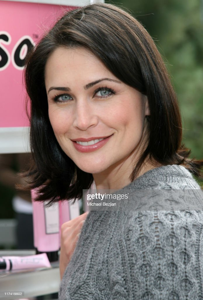 Rena Sofer Nude Photos 52