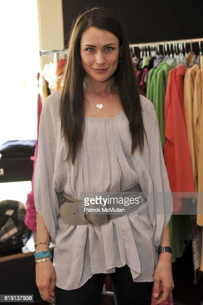 Rena Sofer attends Silver Spoon Presents Oscar Weekend Red Cross Event For Haiti Relief at Interior Illusions on March 3 2010 in West Hollywood...