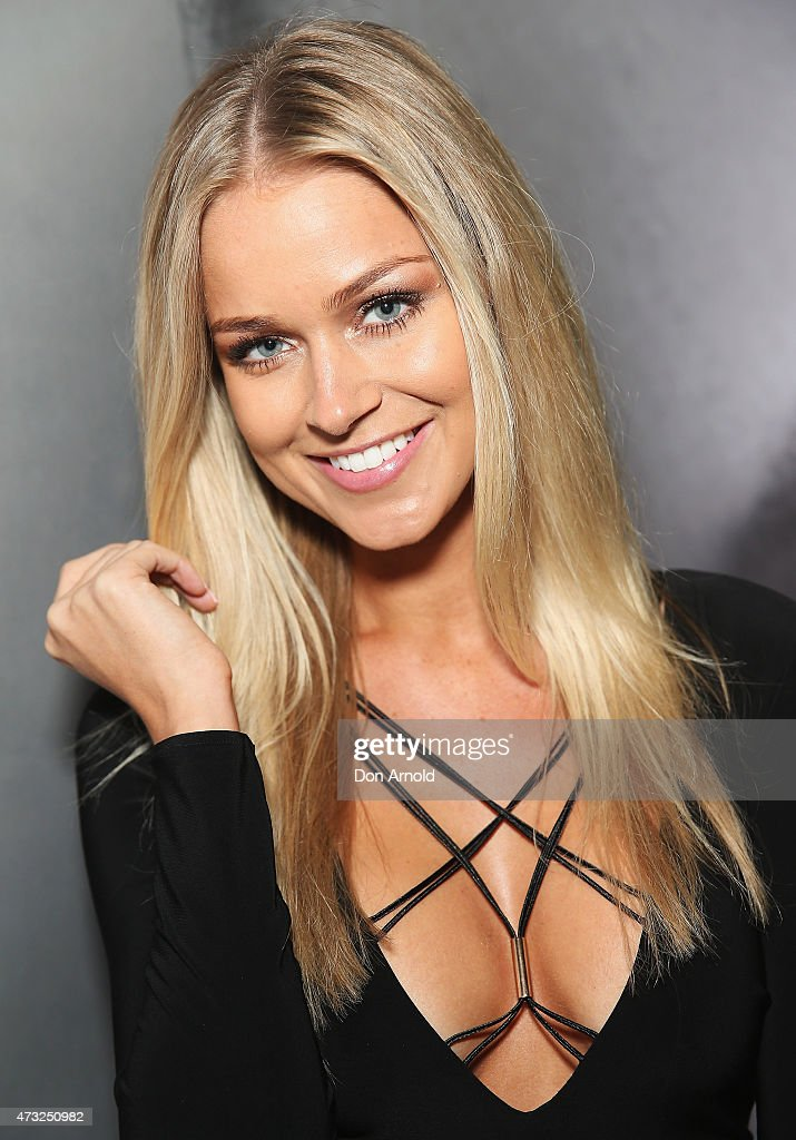 <a gi-track='captionPersonalityLinkClicked' href=/galleries/search?phrase=Renae+Ayris&family=editorial&specificpeople=9458142 ng-click='$event.stopPropagation()'>Renae Ayris</a> arrives at the opening night of Sydney Fashion Weekend at Moore Park on May 14, 2015 in Sydney, Australia.