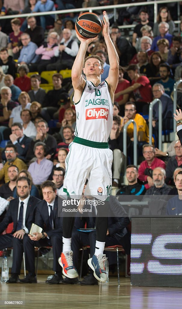 Renaldas Seibutis, #10 of Zalgiris Kaunas in action during the Turkish Airlines Euroleague Basketball Top 16 Round 7 game between FC Barcelona Lassa v Zalgiris Kaunas at Palau Blaugrana on February 12, 2016 in Barcelona, Spain.