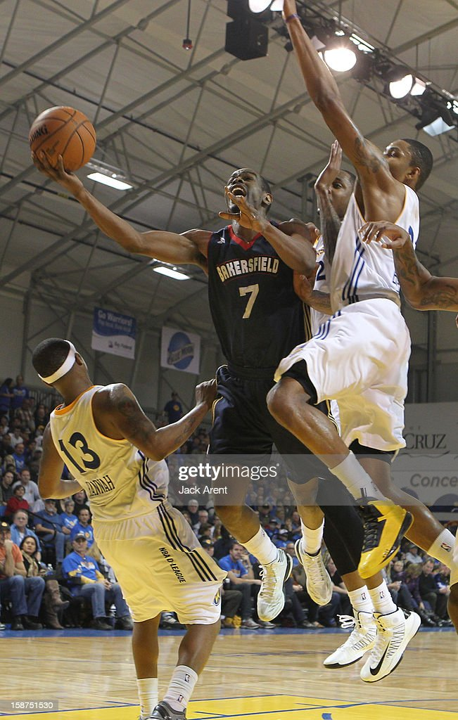 <a gi-track='captionPersonalityLinkClicked' href=/galleries/search?phrase=Renaldo+Major&family=editorial&specificpeople=4024958 ng-click='$event.stopPropagation()'>Renaldo Major</a> #7 of the Bakersfield Jam shoots the ball during a game against the Santa Cruz Warriors on December 23, 2012 at Kaiser Permanente Arena in Santa Cruz, California.