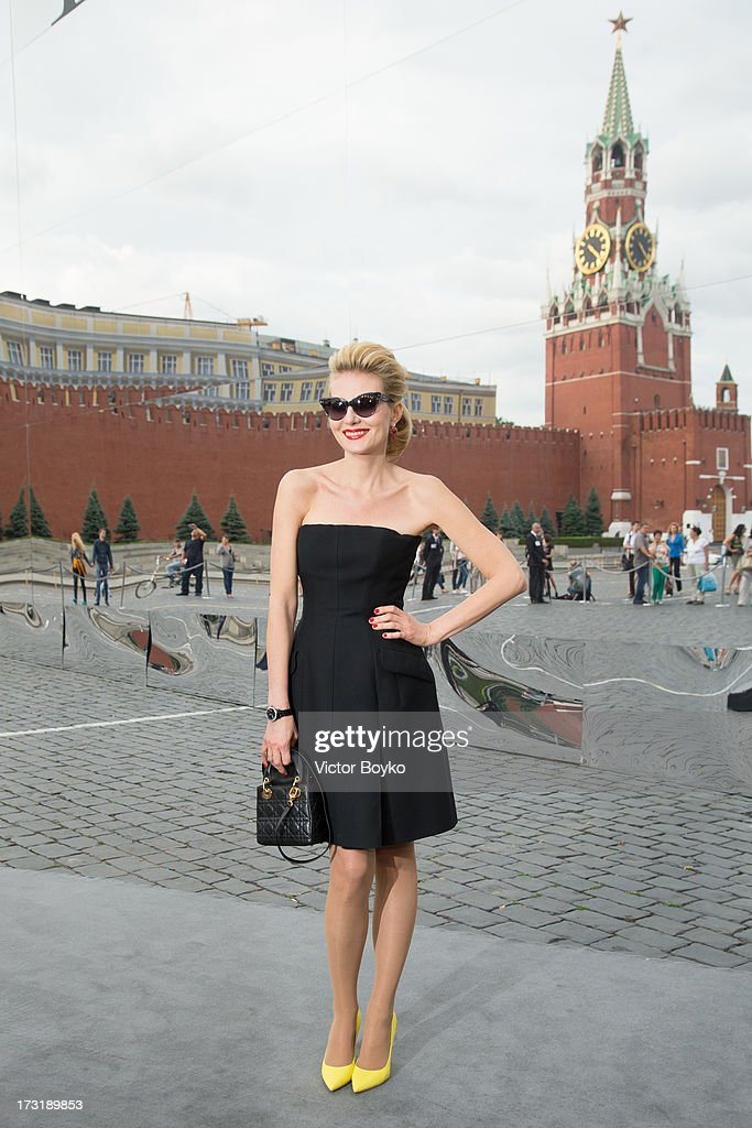 Renata Litvinova attends the Dior A/W 2013-2014 show at Red Square on July 9, 2013 in Moscow, Russia.