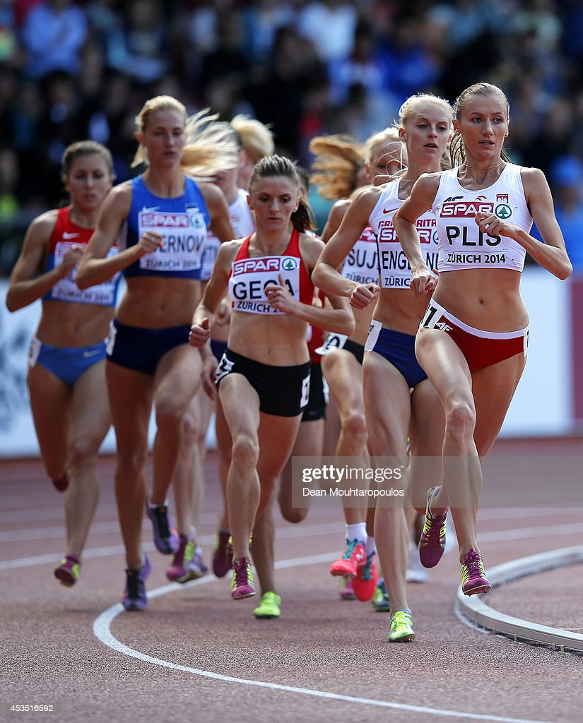 Renata Plis of Poland leads the pack in the Women's 1500 metres heats during day one of the 22nd European Athletics Championships at Stadium Letzigrund on August 12, 2014 in Zurich, Switzerland.