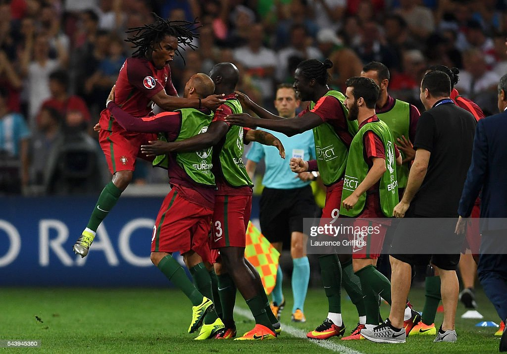 <a gi-track='captionPersonalityLinkClicked' href=/galleries/search?phrase=Renato+Sanches&family=editorial&specificpeople=12513402 ng-click='$event.stopPropagation()'>Renato Sanches</a> (1st L) of Portugal celebrates scoring his team's first goal with his team mates during the UEFA EURO 2016 quarter final match between Poland and Portugal at Stade Velodrome on June 30, 2016 in Marseille, France.