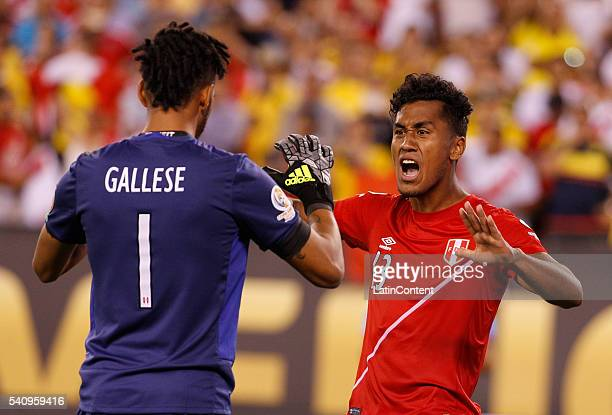 Renato Tapia of Peru celebrates after scoring his penalty kick with Pedro Gallese during a Quarterfinal match between Colombia and Peru at MetLife...