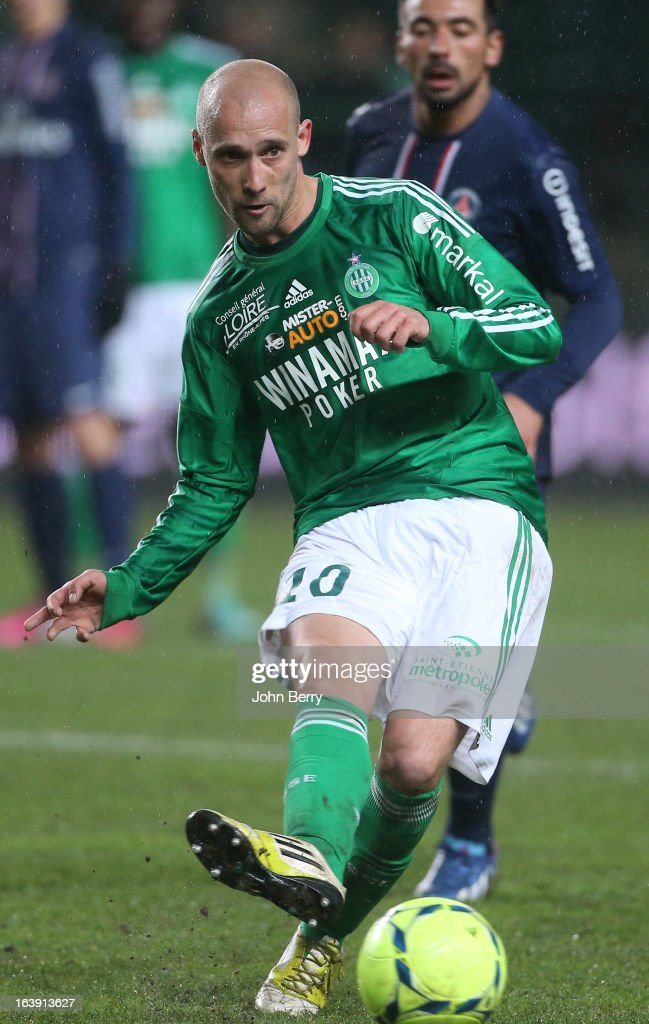 <a gi-track='captionPersonalityLinkClicked' href=/galleries/search?phrase=Renaud+Cohade&family=editorial&specificpeople=2626266 ng-click='$event.stopPropagation()'>Renaud Cohade</a> of Saint-Etienne in action during the Ligue 1 match between AS Saint-Etienne ASSE and Paris Saint-Germain FC at the Stade Geoffroy-Guichard on March 17, 2013 in Saint-Etienne, France.