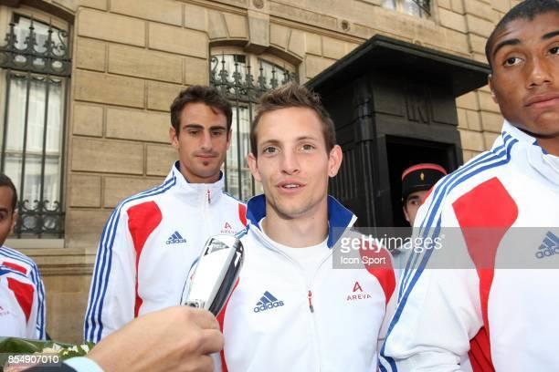 Renaud LAVILLENIE Equipe de France d'Athletisme recue a l'Elysee Les medailles recus a l'Elysee Paris