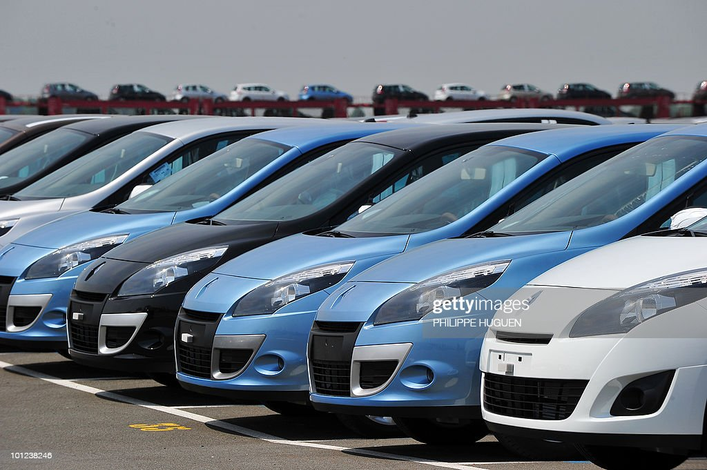 Renault cars are parked at a plant of French carmaker Renault on May 25, 2010 in Douai, northern France.
