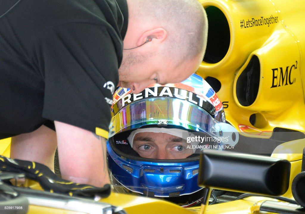 Renault Sport F1 Team's British driver Jolyon Palmer sits in his car during the first practice session of the Formula One Russian Grand Prix at the Sochi Autodrom circuit on April 29, 2016. / AFP / ALEXANDER