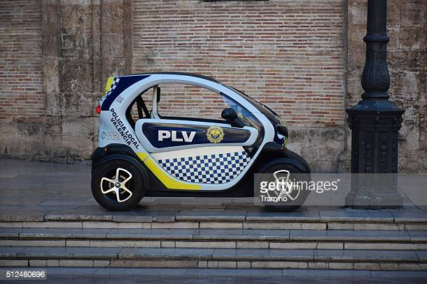 Renault Twizzy Polizeiauto auf der Straße