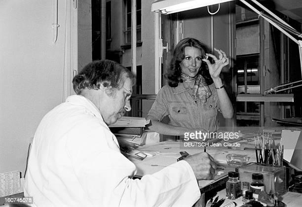 Rendezvous With Actress Melinda Fee En France chez le bijoutier CARTIER l'actrice américaine Mélinda FEE qui interprète le rôle de Kate l'épouse de...