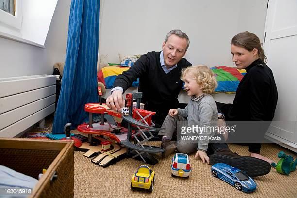 Rendezvous With Bruno Le Maire Le ministre de l'Agriculture Bruno LE MAIRE en famille dans son appartement parisien le dimanche 6 février 2011 Ici...