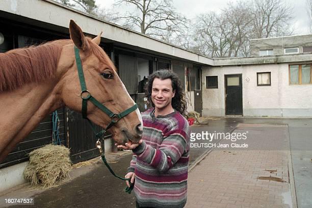 Rendezvous With Bruno Pelletier En France en février 2000 Rendezvous avec le chanteur Bruno PELLETIER interprète de Gringoire dans la comédie...