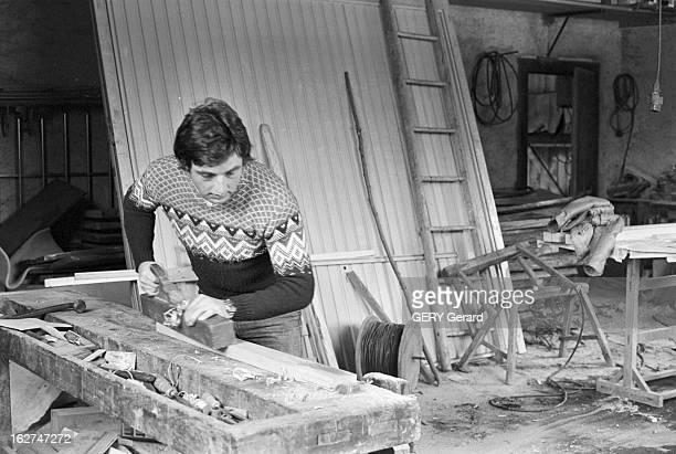 Rendezvous With CrossCountry Skier JeanPaul Pierrat En mars 1978 à la montagne en HauteSavoie le champion de France de ski de fond JeanPaul PIERRAT...