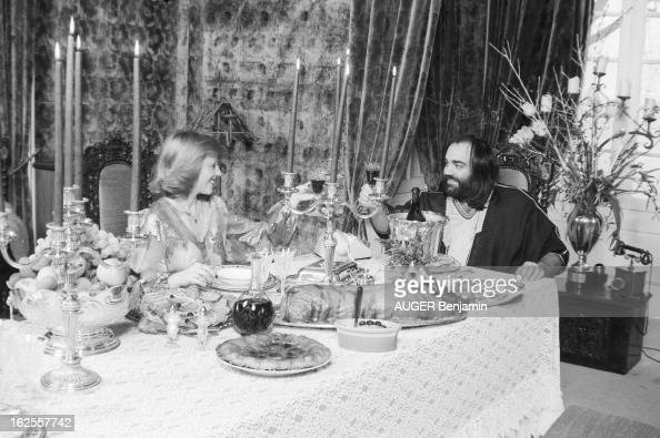 Rendezvous with demis roussos at home in maisons laffitte for Home decor maisons laffitte