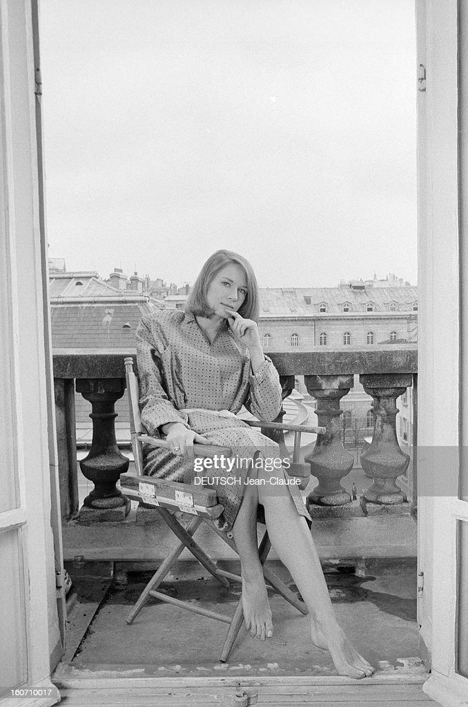 Dominique sanda getty images for Chaise balcon