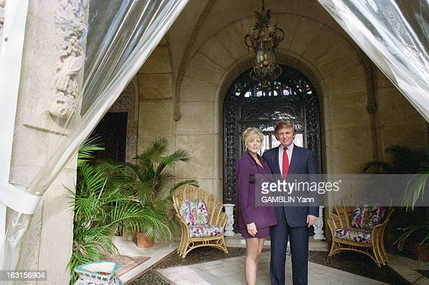 Rendezvous With Donald Trump And Her Companion Marla Maples In The Luxurious Residence Of MarALago Palm Beach 18 novembre 1993 Portrait de Donald...