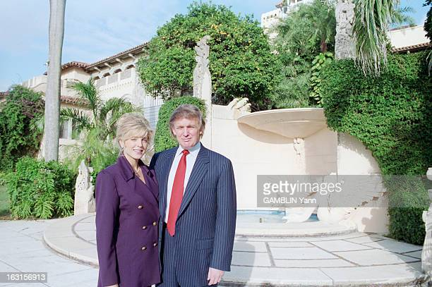 Rendezvous With Donald Trump And Her Companion Marla Maples In The Luxurious Residence Of MarALago Palm Beach 18 novembre 1993 Portrait en extérieur...