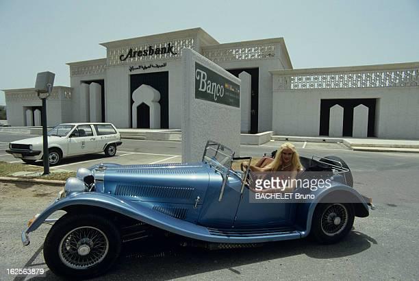 Rendezvous With Gunilla Von Bismarck Marbella Août 1985 Gunilla VON BISMARCK arrière petite fille d' Otto VON BISMARCK au volant d'une voiture de...