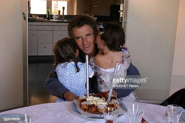 Rendezvous With Jack Lang With Family Jack LANG assis dans la cuisine de son appartement parisien place des Vosges devant son gâteau d'anniversaire...