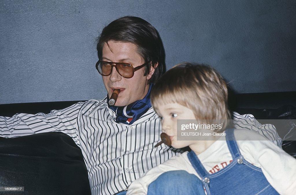 Rendezvous With Jacques Dutronc At Home Rendezvous avec Jacques DUTRONC dans sa maison du XIVème arrondissement à Paris avec son fils Thomas