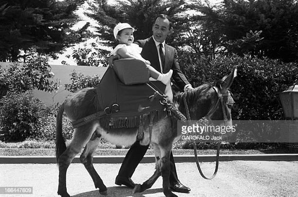Rendezvous With King Hassan Ii Morocco And Daughter Princess Lalla Meryem Au début des années 60 le roi HASSAN II du Maroc promenant sur un âne dans...