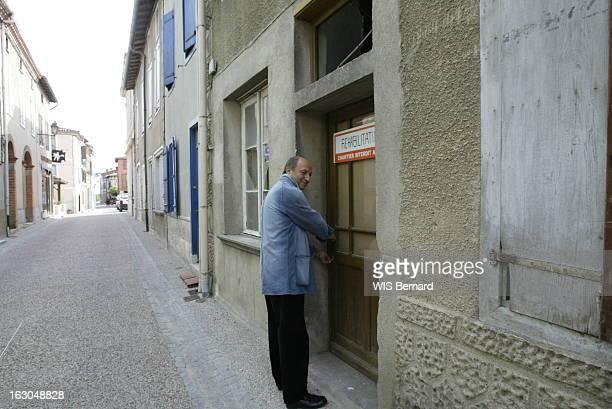 Rendezvous With Laurent Fabius Laurent FABIUS fermant à clé l'ancienne boulangerie qu'il a achetée au village de CARLABAYLE
