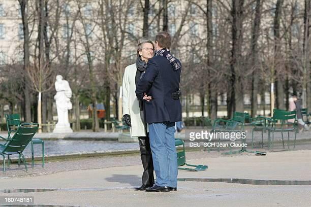Rendezvous With Michele Alliotmarie And Patrick Ollier Michèle ALLIOTMARIE et son compagnon Patrick OLLIER se regardant dans les yeux lors d'une...