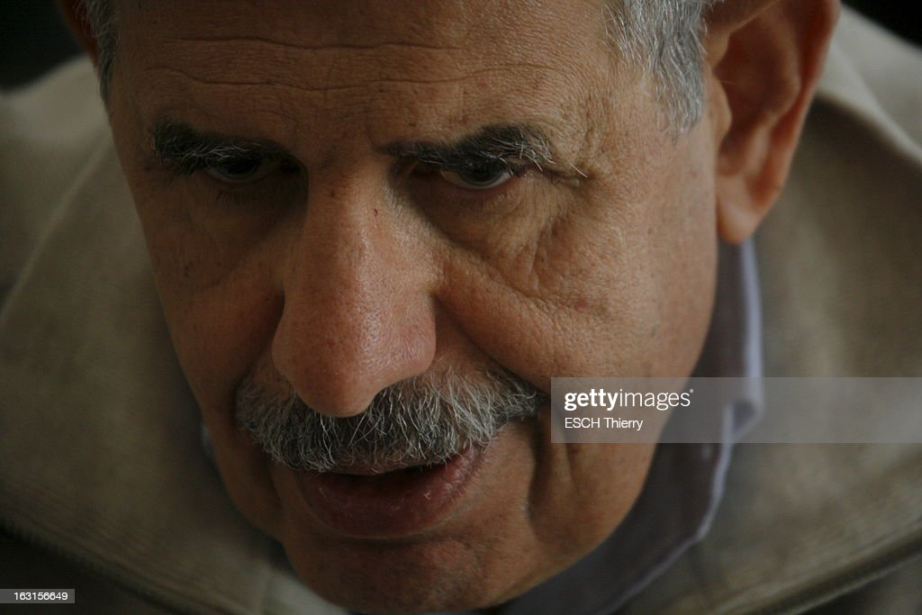 Rendezvous With Mohamed Elbaradei. Le prix Nobel de la paix 2005, Mohamed EL BARADEI dans sa maison du Caire. Portrait. Avril 2010.