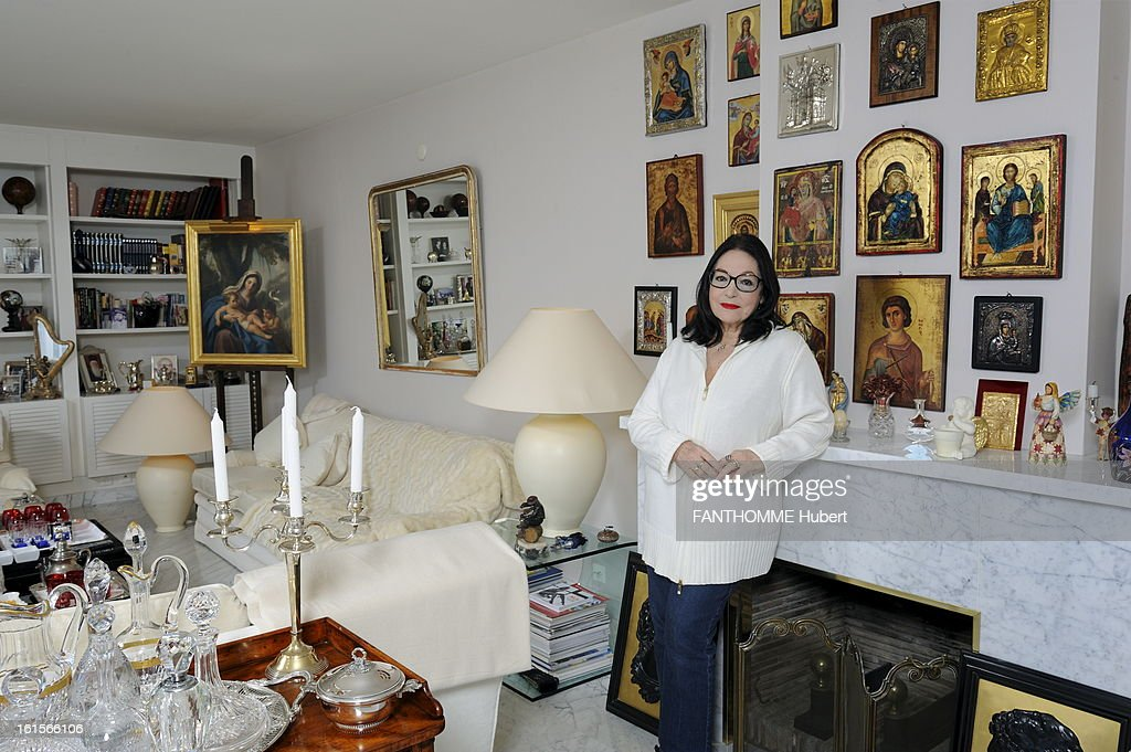 Nana mouskouri getty images for Rendezvous classic house