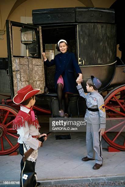 Rendezvous With Prince Rainier Iii Of Monaco And His Family Monaco printemps 1966 Les 10 ans de mariage de Grace et Rainier de Monaco la princesse...