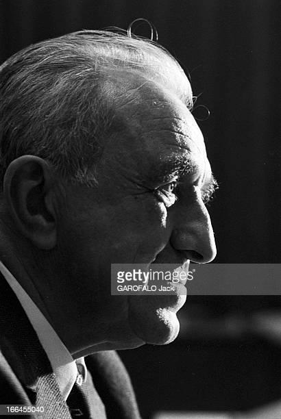 Rendezvous With Professor Neel Nobel Prize For Physics France Grenoble 30 octobre 1970 le Professeur Louis NEEL est lauréat de la moitié du prix...