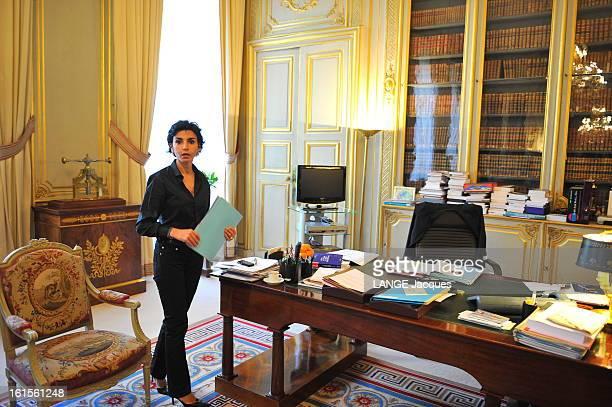Rendezvous With Rachida Dati Paris 2 mai 2008 Rachida DATI ministre de la Justice et garde des Sceaux dans son bureau de la place Vendôme