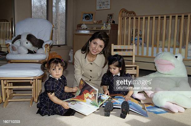 rendezvous-with-reza-pahlavi-ii-and-his-family-a-washington-dans-la-picture-id160710203