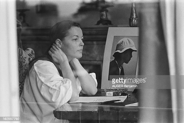 Clair schneider photos et images de collection getty images - Femme de chambre code rome ...