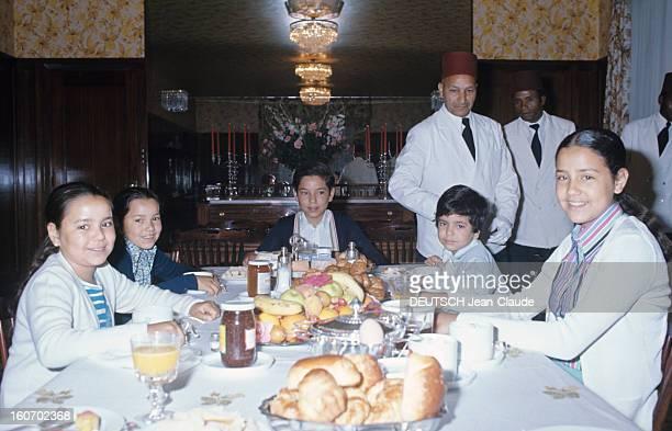 Rendezvous With Sidi Mohammed The Crown Prince Of Morocco Rabat juillet 1976 Dans la villa des princes le jeune prince héritier Sidi MOHAMMED préside...