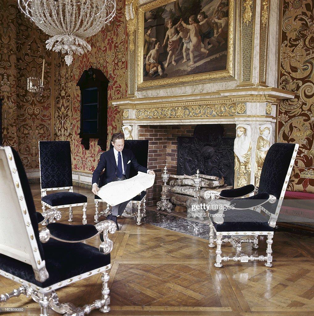 rendezvous with the baron alexis de rede a paris en 1964 dans un pictures getty images. Black Bedroom Furniture Sets. Home Design Ideas