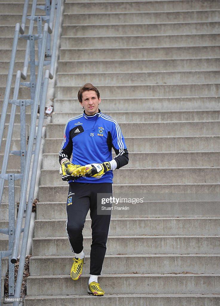 Rene Adler of Hamburg looks on during a training session of Hamburger SV on April 18, 2013 in Hamburg, Germany.