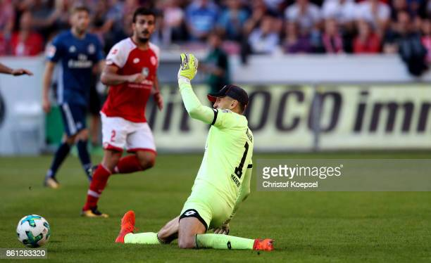 Rene Adler of Mainz saves a shot during the Bundesliga match between 1 FSV Mainz 05 and Hamburger SV at Opel Arena on October 14 2017 in Mainz Germany