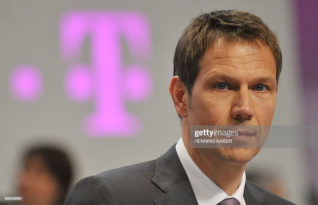 Rene Obermann, chairman of German telecommunications giant Deutsche Telekom, waits for the beginning of his company's annual general meeting on May 3, 2010 in Cologne, western Germany. AFP PHOTO DDP/HENNING KAISER GERMANY OUT